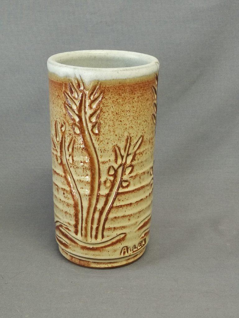 """Vase 8""""  $75-"""