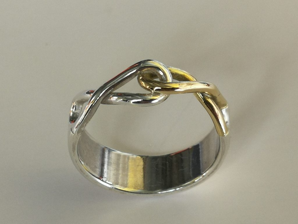 Infinity ring top view